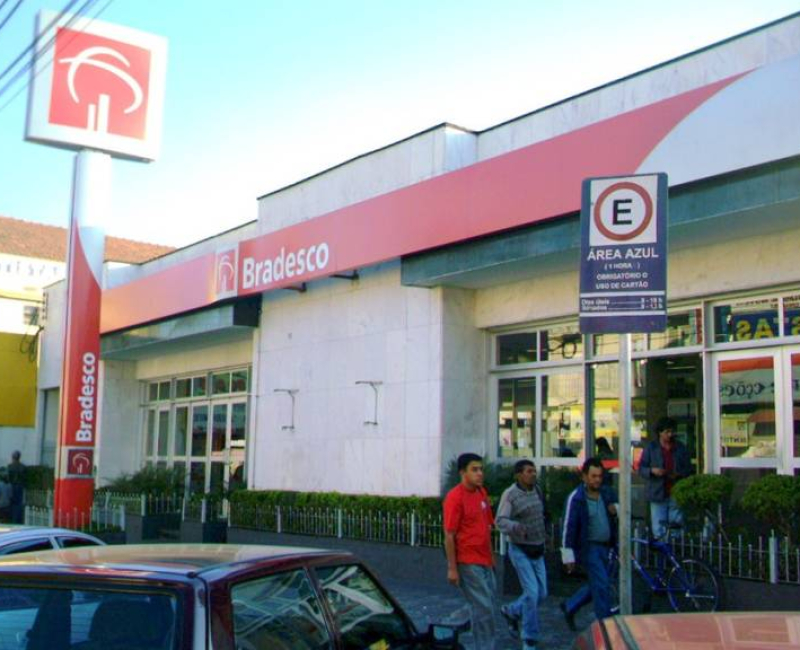 Bradesco sobe a taxa de juros do financiamento imobiliário logo depois do banco Santander